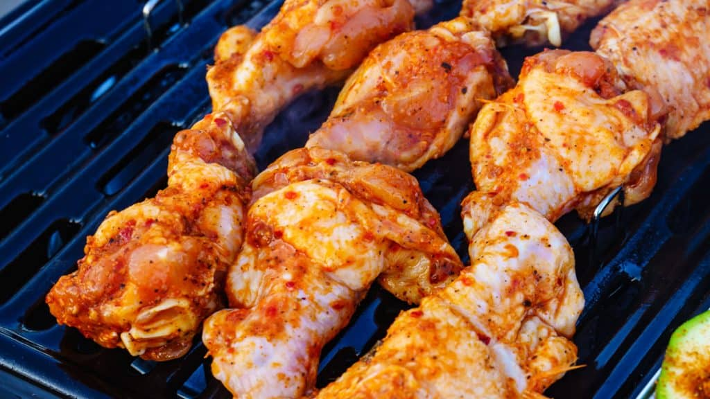 grilling chicken gas grill