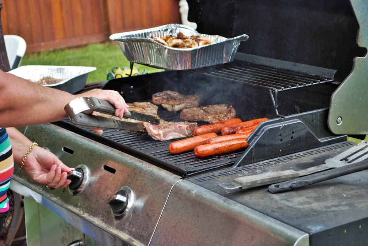 How Do I Light a Gas Grill? Tips on Keeping the Flame