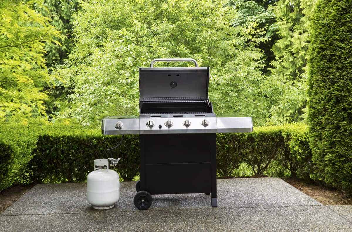 How To Get Grill Grease Off Concrete: 5 Simple Methods