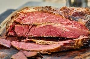slow smoke sliced beef brisket bbq southern style