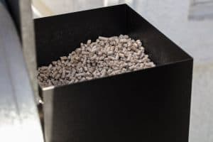 wood-pellets-in-smoker-pellet-box